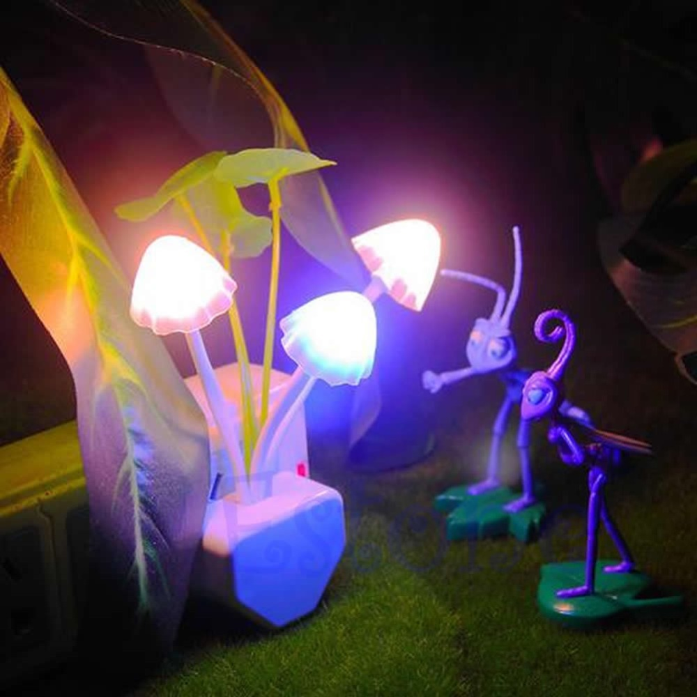 EU US Romantic Colorful LED Mushroom Night Light DreamBed Lamp Home Illumination H02
