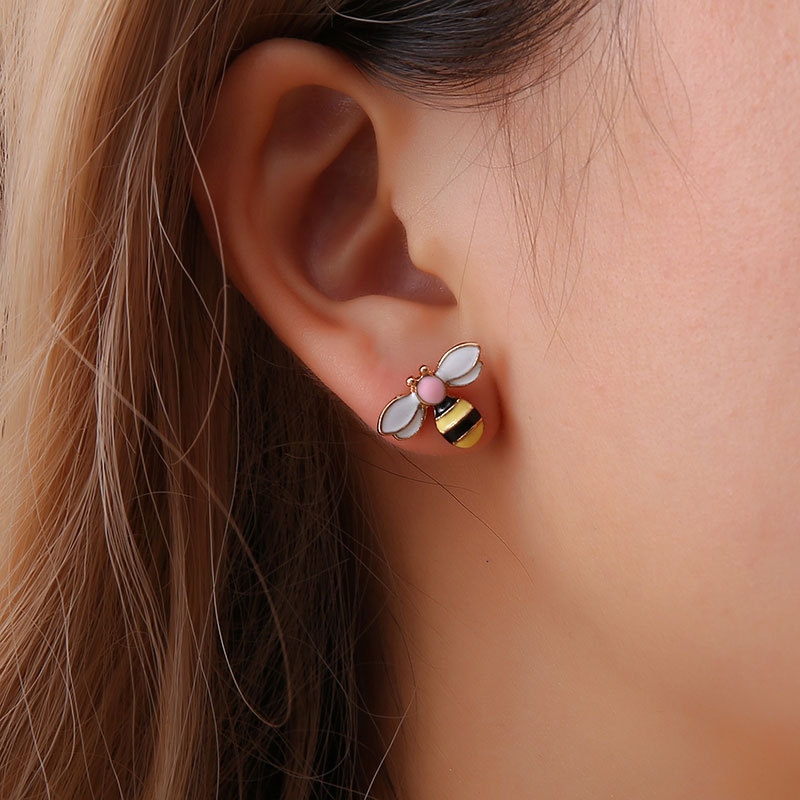 Korean Wild Sweet Small Bee Earrings Colorful Insect Punk Studs Temperament Fashion Cute Stud Earrings Jewelry For Women 2020