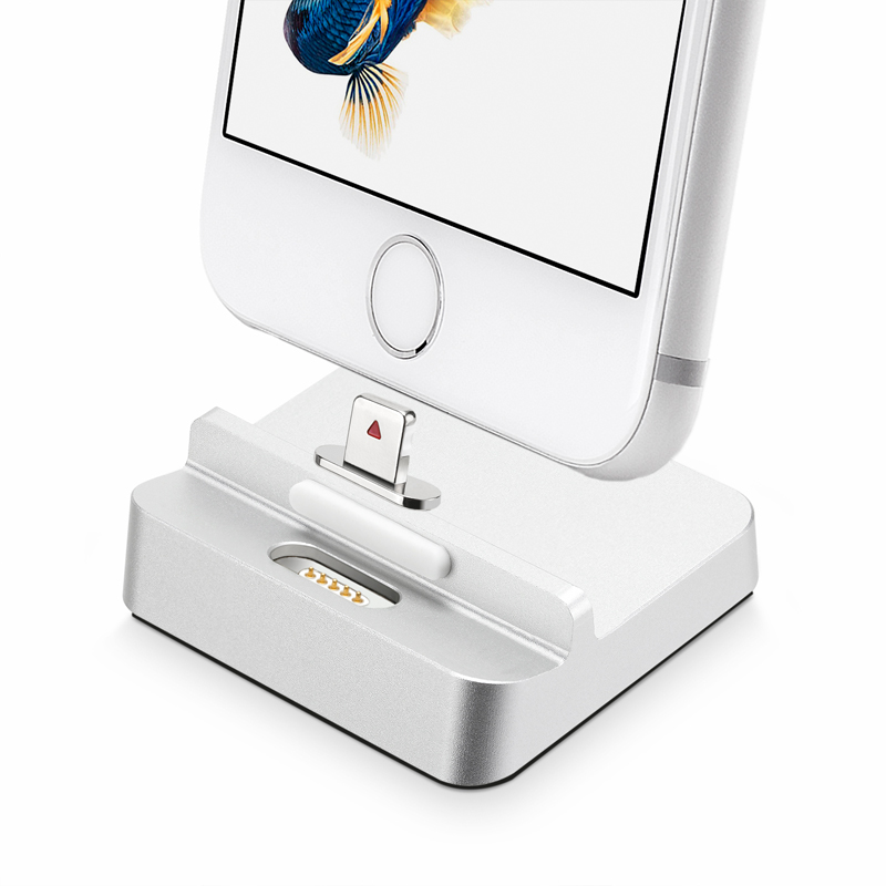 bilder für 5V2. 1A Aluminium Magnet Adsorbieren USB Ladestation Cradle Charging Dock Station für Apple iPhone SE 5 5 S 5C 6 6 S 7 Plus