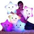 Hot 35*38 cm Kawaii Star Cambio de Color Almohada Almohada Luminosa con Led Luz Suave Peluche juguetes de peluche para niños