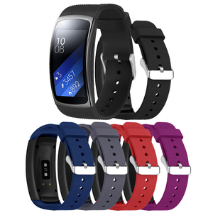 Image 2 - Hangrui Replacement Wristband For Samsung Gear Fit 2 Pro Band Luxury Silicone Watchband For Samsung Fit2 SM R360 Strap Anti lost