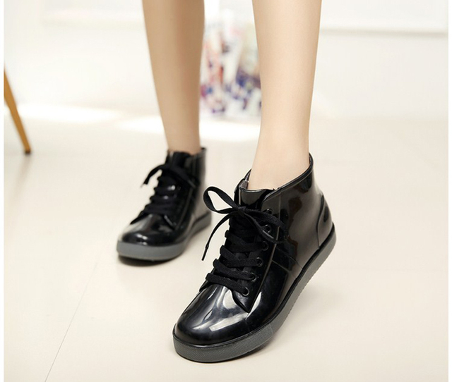 VZEHCU New Rain Boots Fashion Women Lace Up Flats Shoes Casual Women Platform Shoes Ankle Boots Size 35-40 9d01