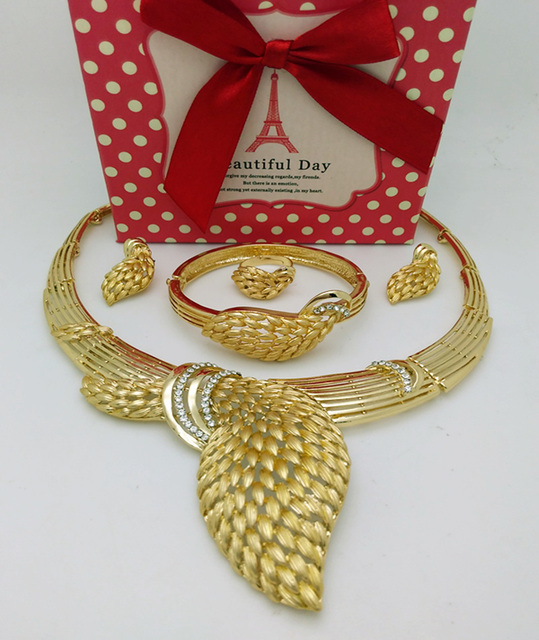 Augustine-Gold-Plated-jewelry-set