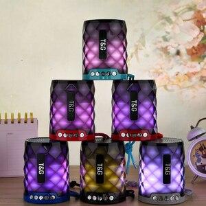 Image 2 - T & G 155 Mini haut parleur Bluetooth diamant Portable lumière LED extérieur sans fil haut parleur Support mains libres appel TF carte USB disque