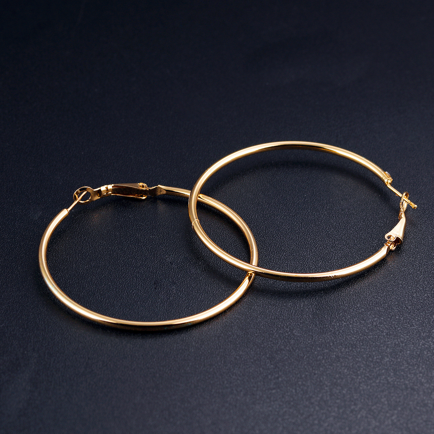 gold in earrings diamond circle yellow home