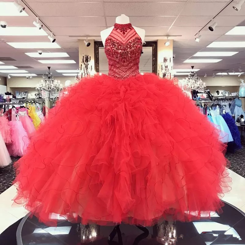Red Beaded Ball Gown Quinceanera Dresses Halter Neck Crystals Prom Gowns Rhinestones Tulle Tiered Sequined Sweet 16 Dress