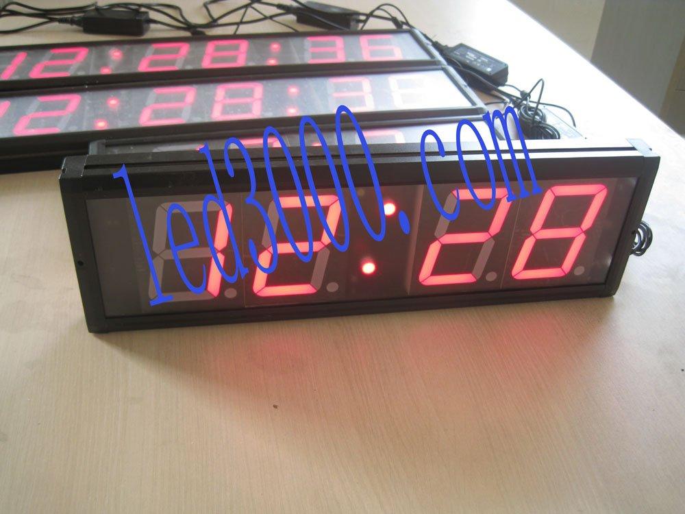 3palcové 4digitové vnitřní ledové hodiny s GPS (HIT4-3R)
