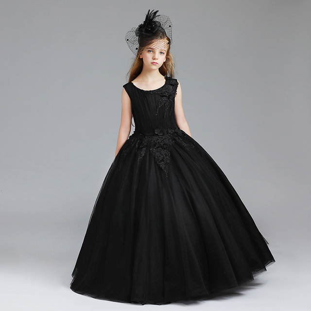 black Kids Pageant Evening Gowns 2018 Lace Ball Gown Flower Girl Dresses  For Weddings First Communion Dresses For Girls 2873b5048b6c