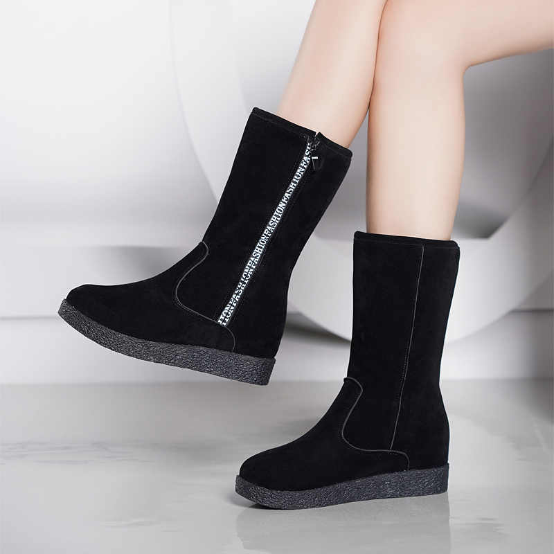 Moda Kadın kış siyah kar Botları Kalınlaşmış zapatos de mujer Botları bir yol Düz Düşük Fermuar Orta Tüp Botları topuk 5 cm