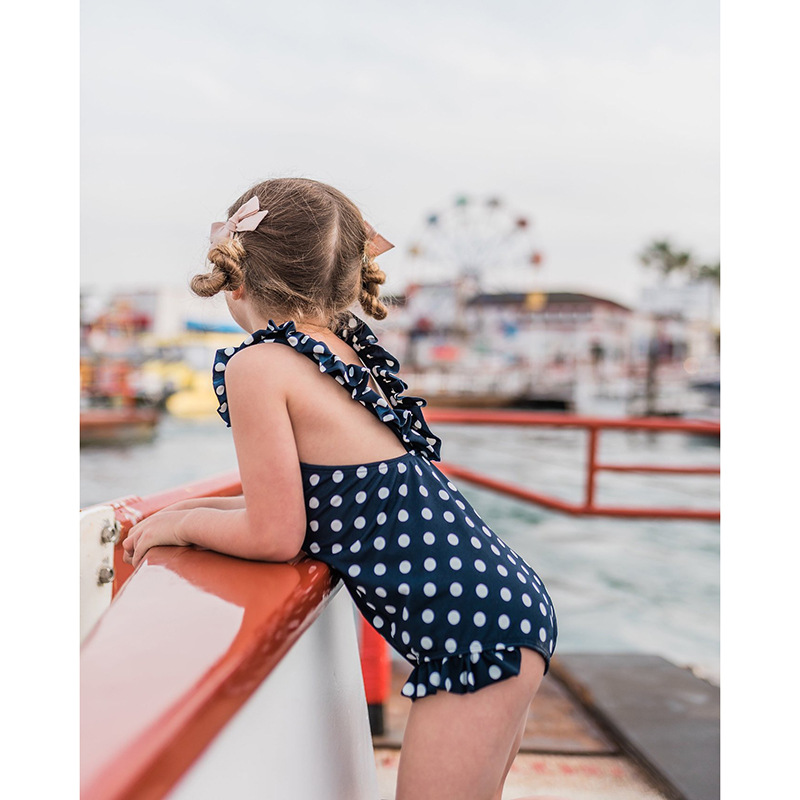 Summer Mother Daughter Son Swimwear Family Matching Outfits Mom Kids One-Piece Swimsuit Bikini Bathing Suit Son Shorts Swimwear (3)