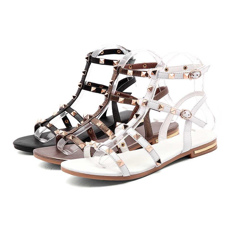 WETKISS 2019 Yaz Hakiki Deri Sandalet Perçin Gladyatör Bayanlar Ayakkabı Moda Kadın Düz Sandalet Çivili Kız Ayakkabı Tokası