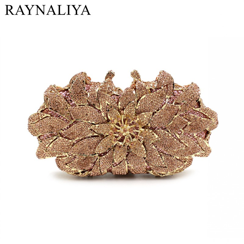 купить Ladies Evening Bag Elegant Rose Clutches And Handbags Female Fashion Purses Women Floral Diamonds Minaudiere Smyzh-e0346 по цене 5619.39 рублей