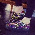 Ysellyse Nova Plataforma Das Mulheres Sapatos 2016 Respirável sapatos de Graffiti Sapatas de Lona Das Mulheres Sapatos Casuais Formadores Salto Grosso