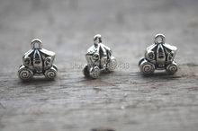 10pcs -- Antique Silver 3D Natal Abóboras Carrinhos de carros Encantos Pingentes 15x14x7mm