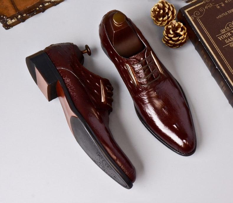 Rojo Cocodrilo Marca Puntiagudo Qyfcioufu Zapatos Tinto vino Negro Negro Cuero Vino Genuino Hombres Patrón Formal Diseñadores Del Dedo Pie Vestido Los De Italiano Oxford IH6wHqav