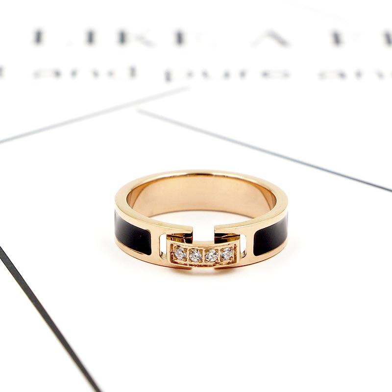 Hot Sale Classic Luxury Jewelry Black Side 4 Zircon Elegant Love Ring Titanium Steel Rose Gold Color Brand Ring For Women 5