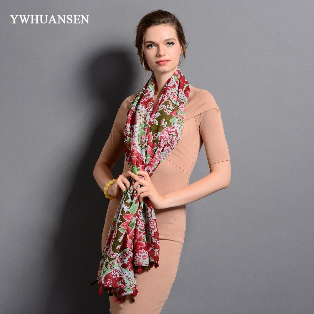 b70138243a28 ... ywhuansen цветы новинка 2017 года теплый plato шарфы для женщин весна  дизайнеры бренд высокого качества печати ...