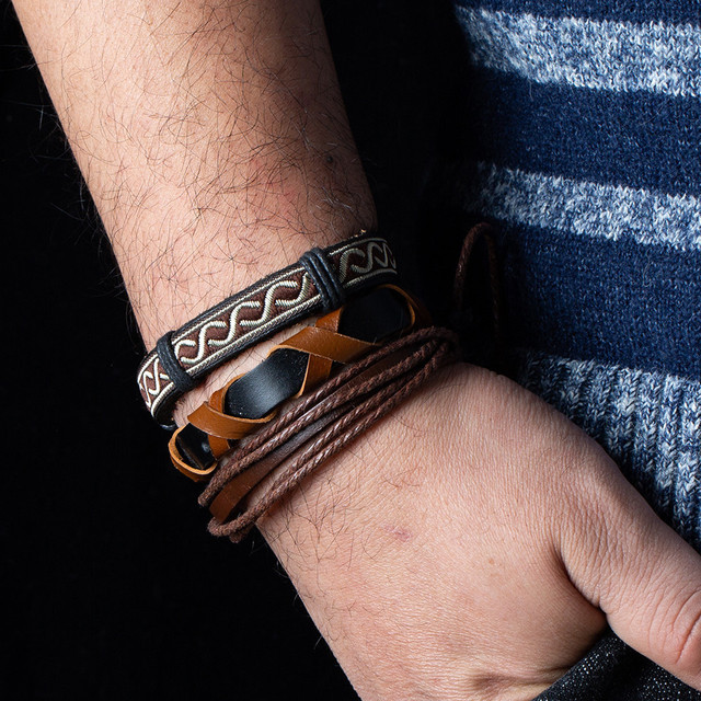 Metal Leather Bracelets Men Jewelry Vintage Classic Retro Plant Charm Bracelet Bangles 2
