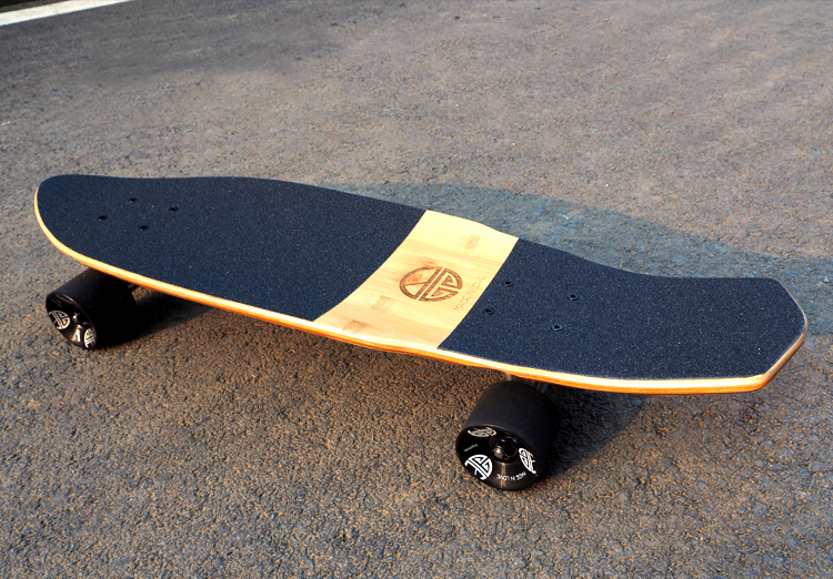 27 Inch SkateBoard Four-wheel Street Long Skateboard Cruise Skateboard Fish Banana Board 2016 new peny board skateboard complete retro girl boy cruiser mini longboard skate fish long board skate wheel pnny board 22