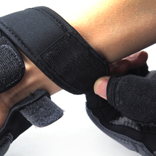 Hardcovered Half Finger Boxing Gloves