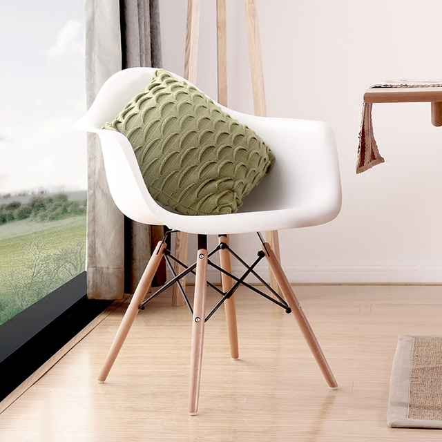 Modern Design Dining Armchair / Plastic And Wood Dining Chair/ Hot Sale  Modern Dining Chair