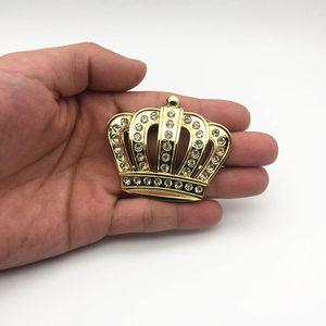 Image 3 - Стайлинг автомобиля металлическая Золотая Корона эмблема наклейка с Стразы автомобильный значок наклейка стикеры аксессуары маленький размер