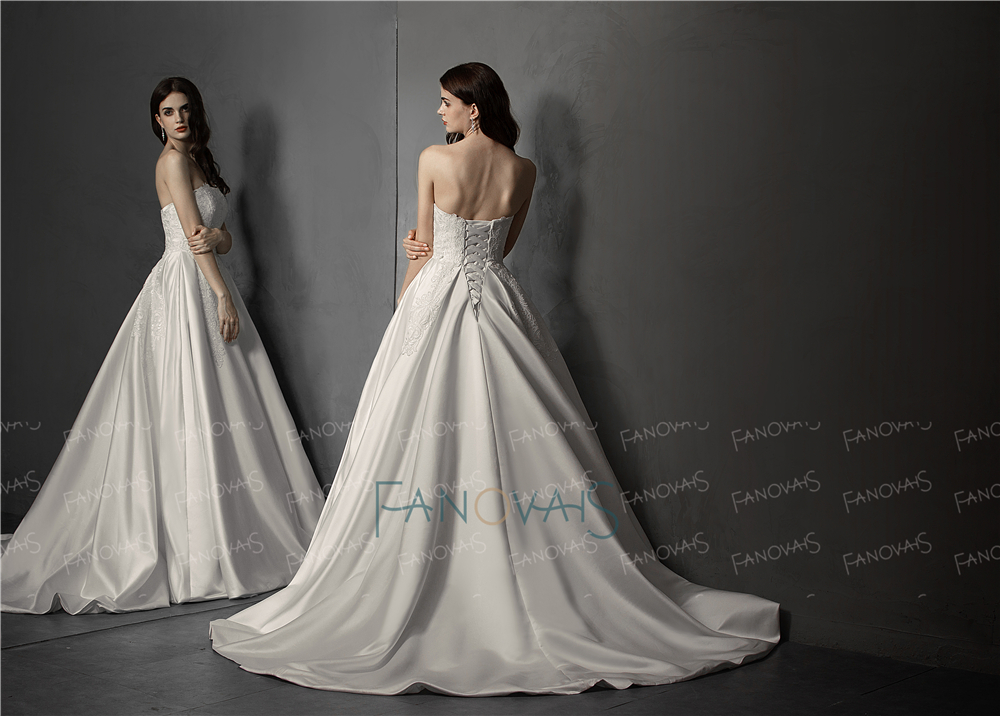 Elegant Wedding Dress 2019 Ivory Strapless Beade Lace Satin Ball Gown Wedding Gown Bridal Gown Long Train Vestido de Noiva WN83 in Wedding Dresses from Weddings Events