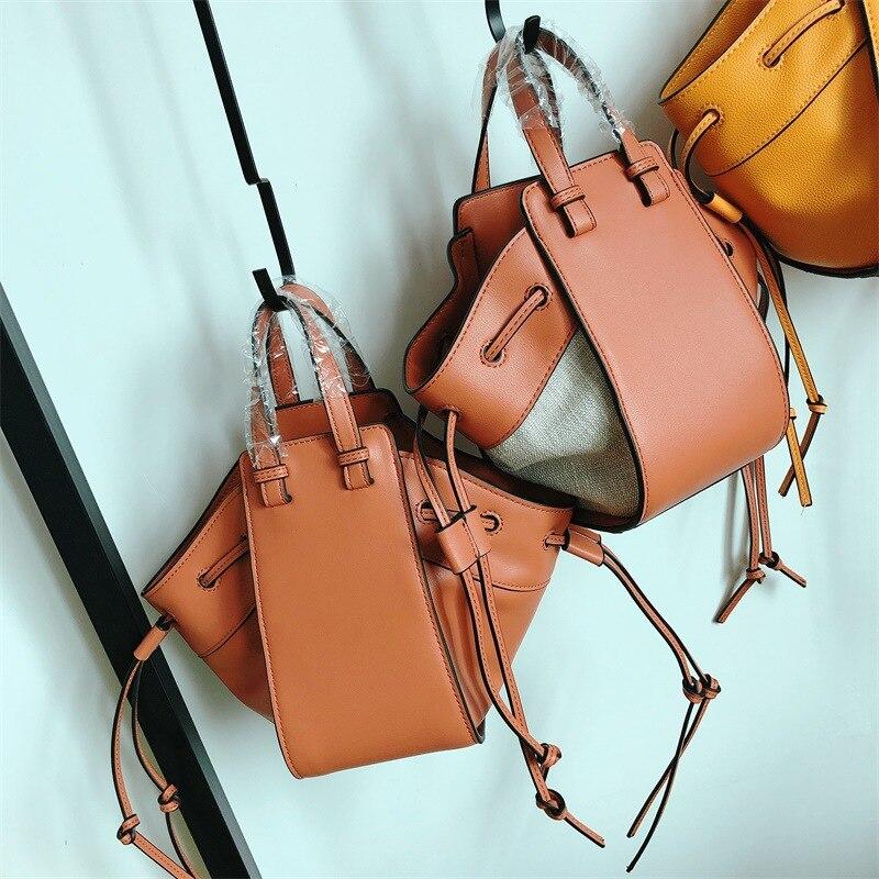 Drawstring Women's Straw Bucket Bag Summer Woven Shoulder Bags Shopping Purse Rattan Beach Handbag Travel Straw Messenger Bags