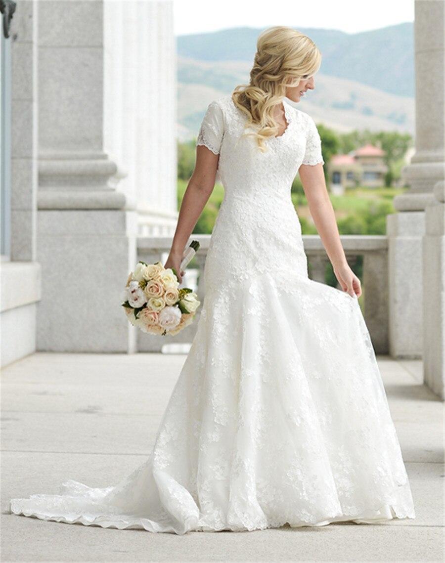 Dreamdress Womens Long Sleeve Applique Scoop Satin Wedding Dress Gowns