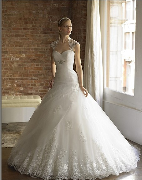 dramatic ball gown sweetheart crystal pearl Re embroidered lace semi ...