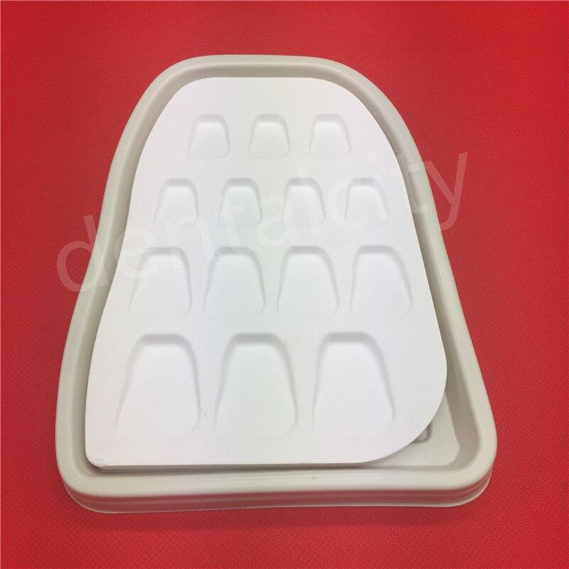 Matériau de laboratoire dentaire forme de dent en porcelaine microporeuse plaque d'arrosage plaque de mélange tache poudre outil de mélange 14 fentes