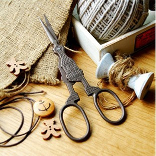 Antique Scissors Sewing Embroidery Vintage Ben Clock Design Tools Supplies Jz005