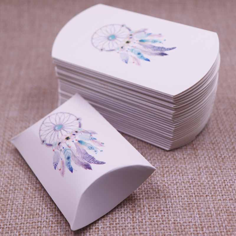 10pcs New Style Pillow Shape Box Cute Candy Storage Box Gift Package Wedding Party Present Box Paperboard Kraft Popular 8x5x2cm