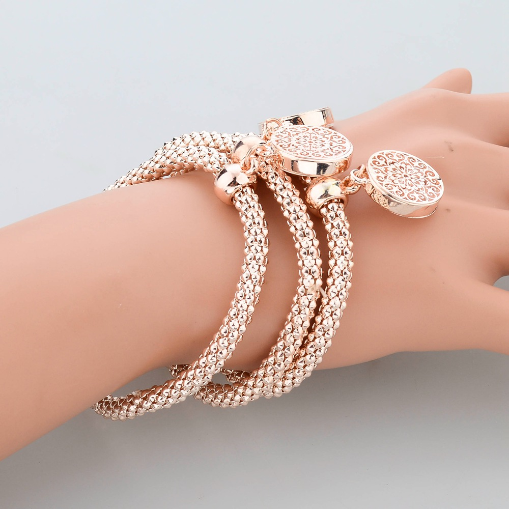 Longway 2019 New Fashion Bracelets Bangles Jewelry Gold Color Chain Bracelet Round Hollow Charm For Women Sbr140339 In Link From