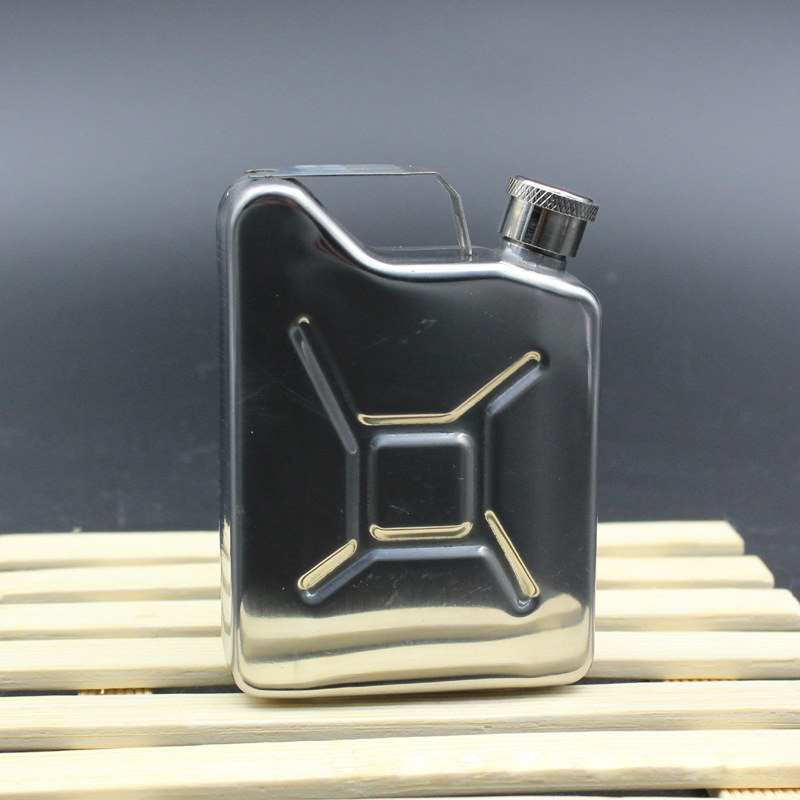 5oz High quality Stainless Steel Hip Flask Alcohol Whisky Flagon Outdoor Essential Portable With Handle Hip Flask Personalized