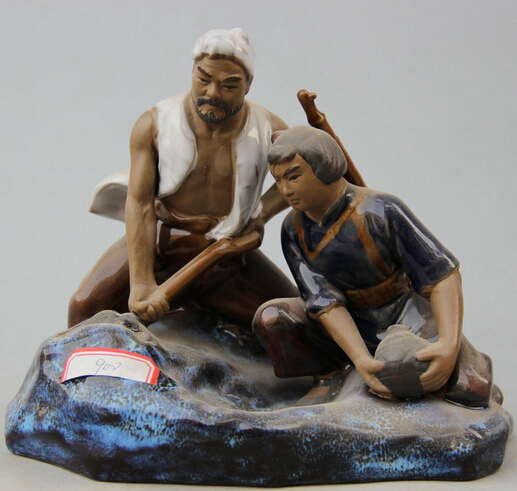 JP S0524 11 Chinese Pottery Wu Cai Porcelain Man Woman Soldier Buried Torpedo Statue