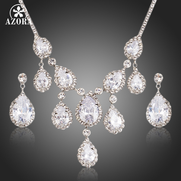 AZORA Nobleness Clear Cubic Zirconia Waterdrop Pendant Necklace and Drop Earrings Jewelry Sets TG0151