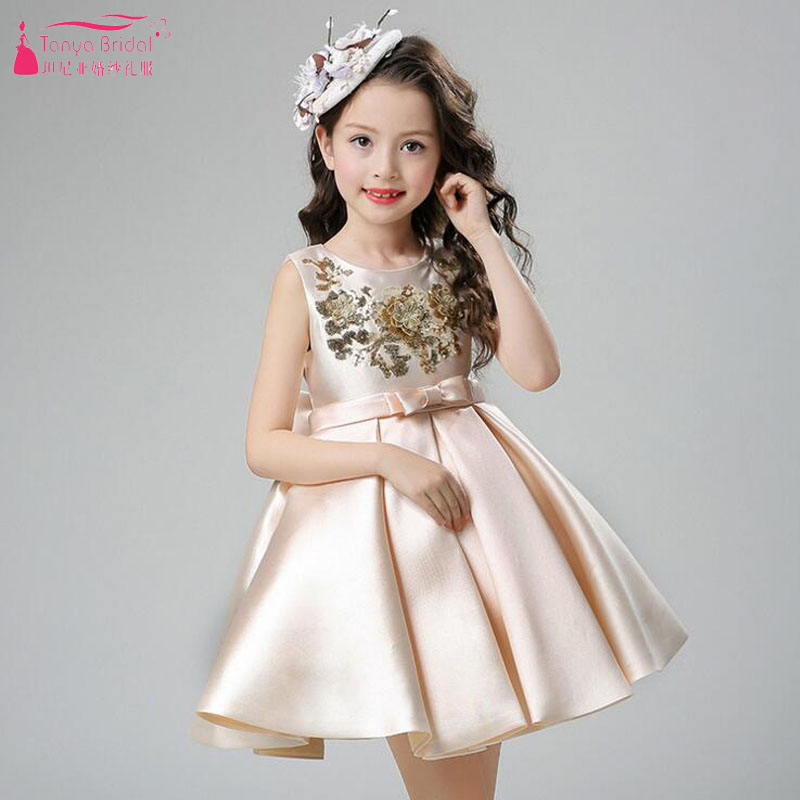 Champagne   Flower     Girl's     Dresses   for Wedding 2018 Elegant Satin High quality   Girls   Pagent Gowns communion wear ZF066