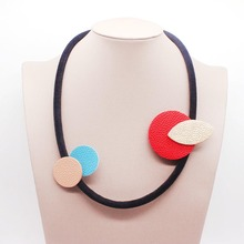 New Geometric Leather Red Pendants Necklaces For Women Flower Collares Dual Purpose Fashion Jewelry