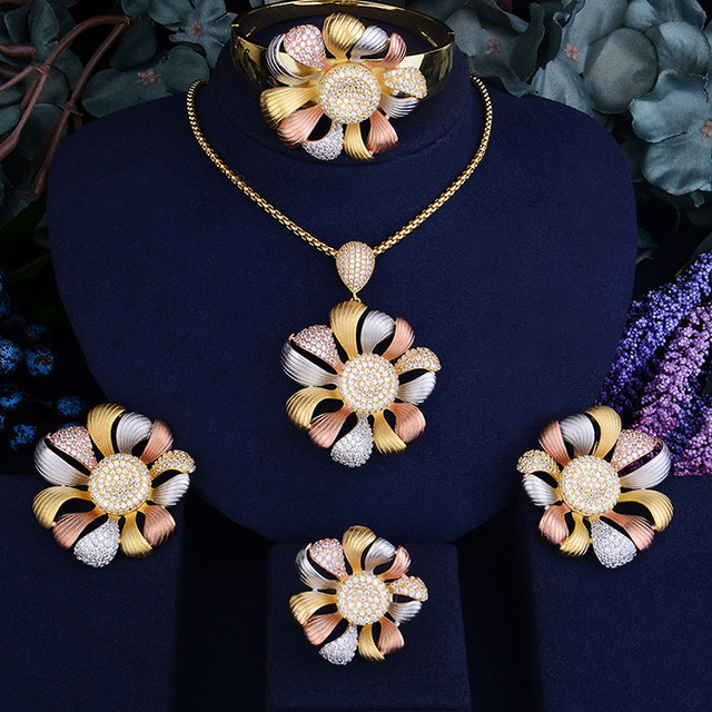 GODKI Flower Cubic Zirconia...