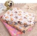 2016 New 40 x 60cm Cute Floral Pet Sleep Warm Paw Print Dog Cat Mat Puppy Fleece Soft Blanket Beds Mat 3 Color