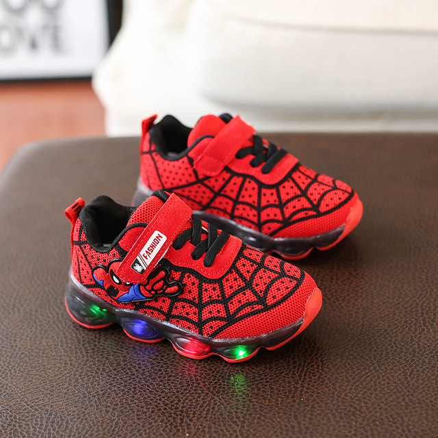 New Spring Spiderman Children Shoes With Light Kids Led Shoes Luminous Glowing Sneakers Baby Toddler Girls Antiskid Shoes