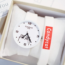 Candy cat watch female student simple Korean version of the trend cute soft sister small fresh girl watch girl student korean version of the simple retro small small disc female table small round black with black face