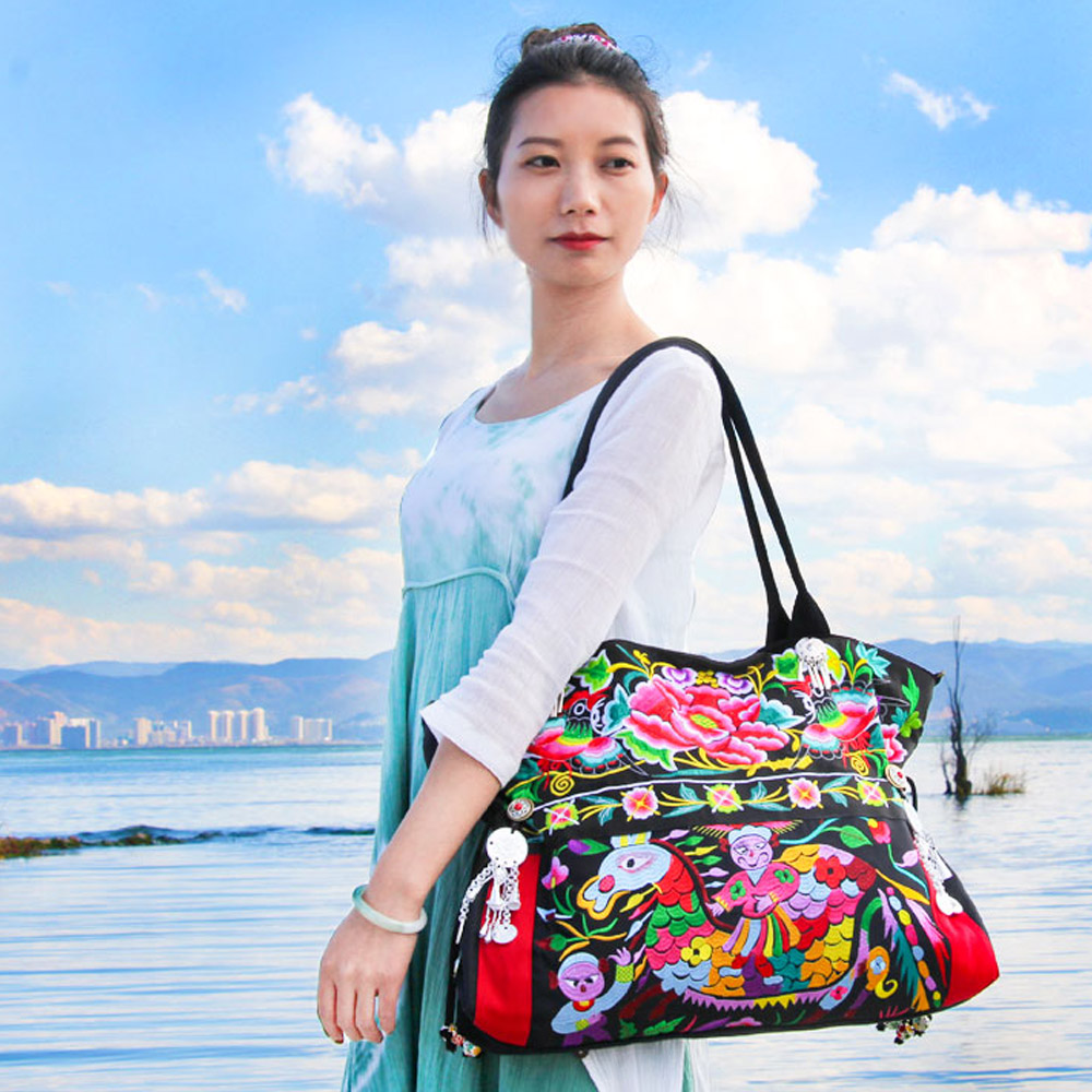 2018 New Women Handbag Original Floral Embroidery Bags Ethnic Shoulder Bags Woman Messenger Bag Beach Travel Totes Shopping Bags2018 New Women Handbag Original Floral Embroidery Bags Ethnic Shoulder Bags Woman Messenger Bag Beach Travel Totes Shopping Bags