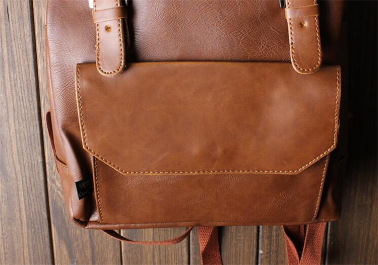 men leather backpack06