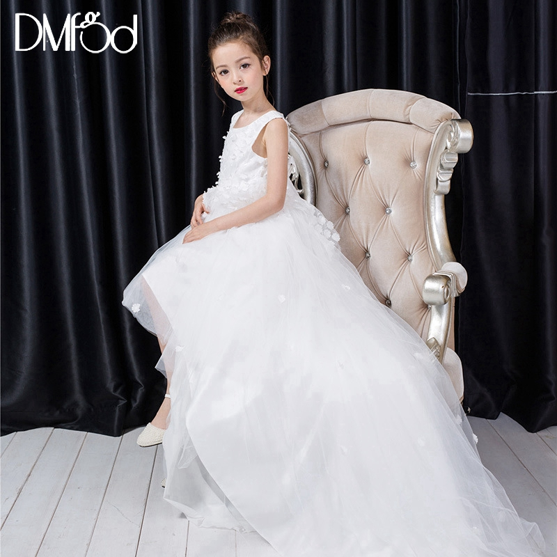 2018 New White Flower Girl Dress Lengthen Heavy Trailing Girls Dress For Wedding Party Performance Kids Clothes 1291 gril flower dress multi storey white clothes stage girl performance children show clothes for dance with a pair of glove