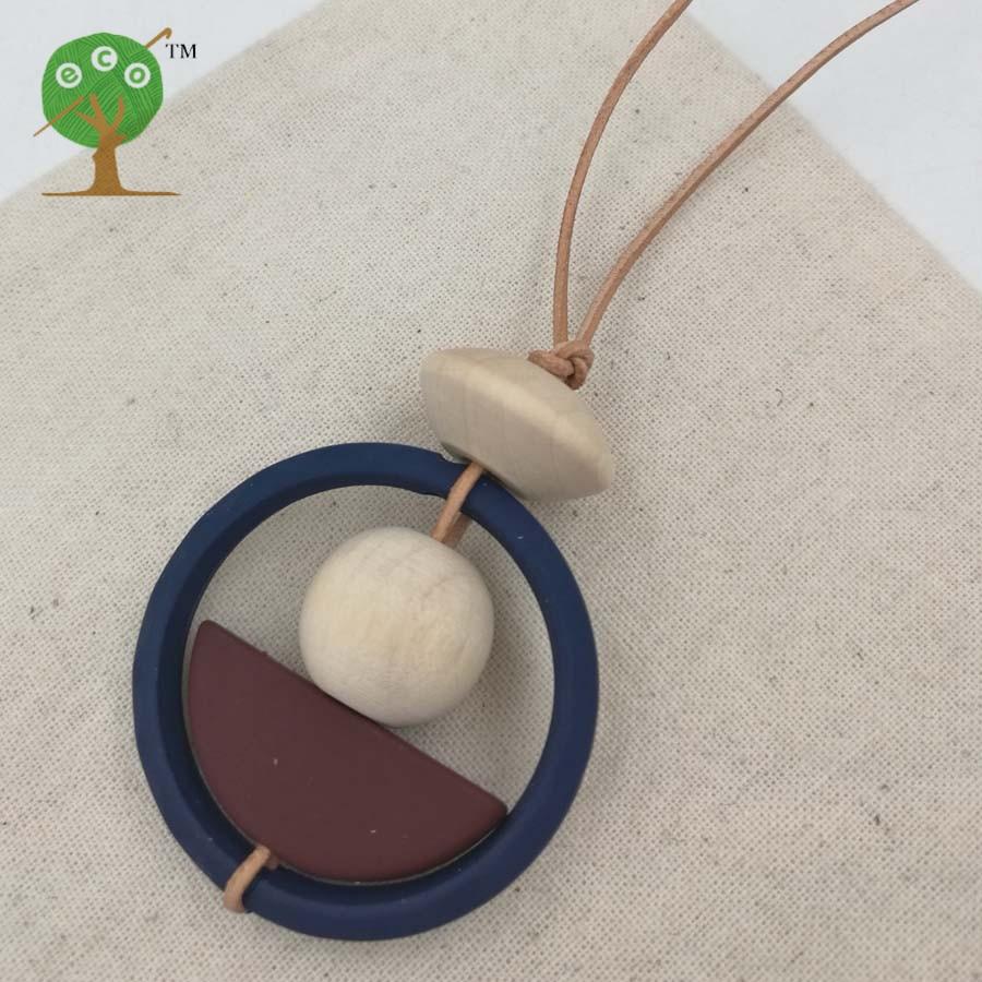 luštna geometrijska neredna ogrlica moderna plemenska temna barva šik ogrlica s perlico pol krog 2017 najnovejša NW157