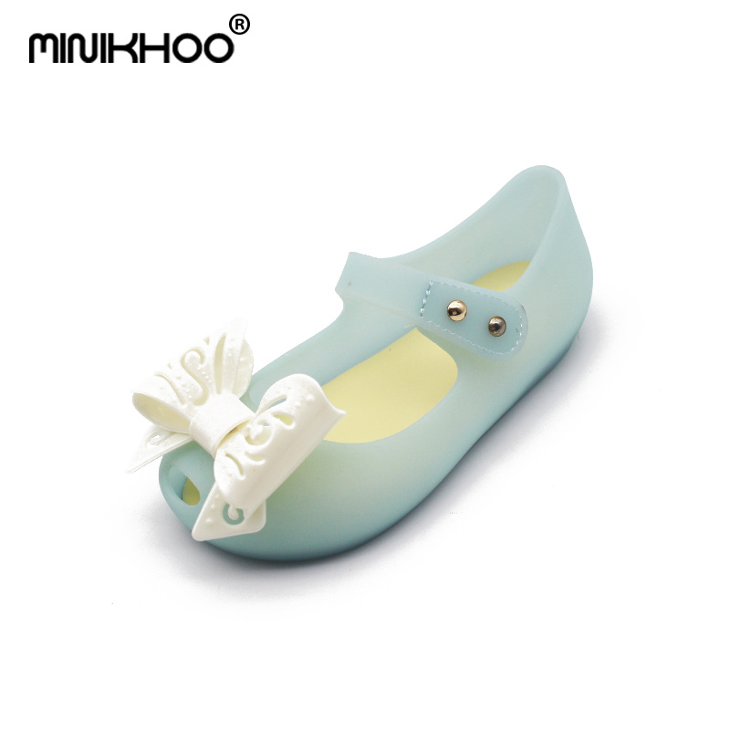 Mini Melissa Brazilian Girl Jelly Sandals Hollow Bow Girl Sandals 2018 Children Princess Shoes Beach Sandals Melissa Sandals