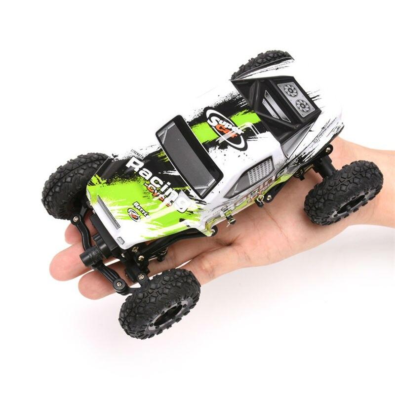 Original WLToys 24438 1:24 RC voiture de course échelle 4WD tout-terrain télécommande jouets pour enfants sur radiocommandé avec batterie