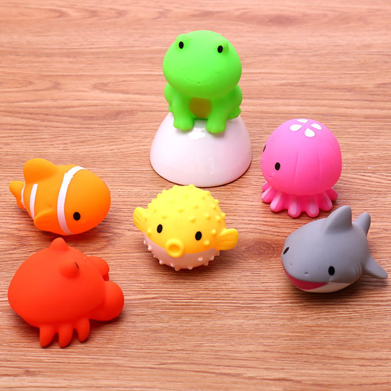 Marine Small Animal Squeezing Children's Water Toys Water Spray Silicone Doll Baby Bathroom Bath Toys Student Gift